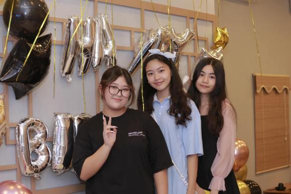 Nghệ sĩ Hồng Vân, Hồng Vân, con gái, sinh nhật,