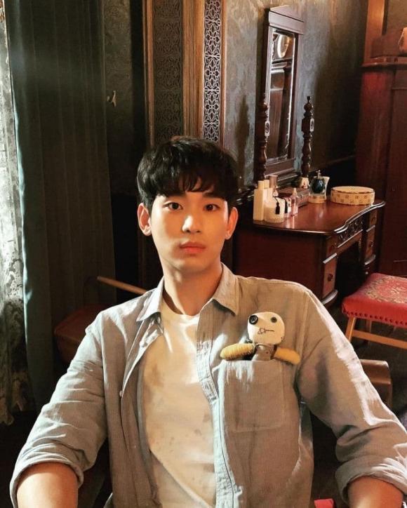 Phim hàn quốc hay, lee min ho, Kim Soo Hyun, Gong Yoo, Jisoo (Blackpink), Jung Hae In, Kim Seon Ho, Song Joong Ki