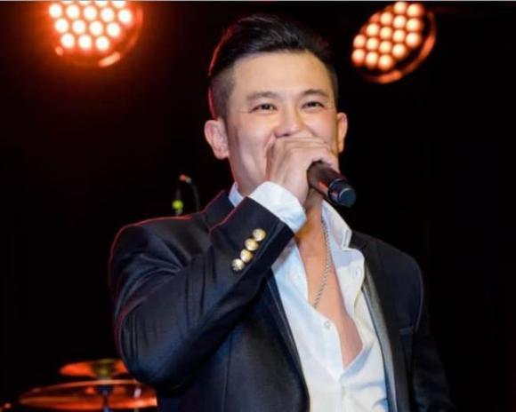 Chồng hiện tại của vợ cũ Vân Quang Long - đạo diễn Bá Cường nhắn nhủ: 'Các con mãi mãi là con của anh và em'
