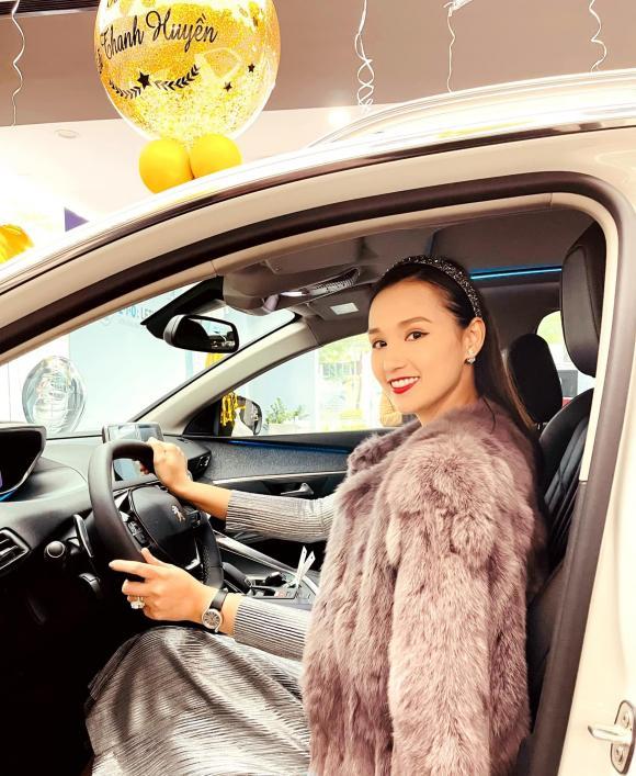 Lã Thanh Huyền, xe của Lã Thanh Huyền, sao Việt