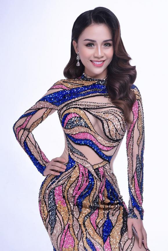 Cao Phương Trang, người đẹp truyền thông, Nét đẹp công sở 2020