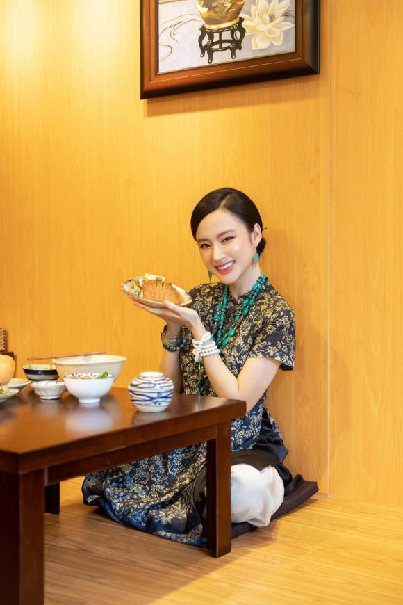 Angela Phương Trinh, biến hoá, giản dị, sao Việt