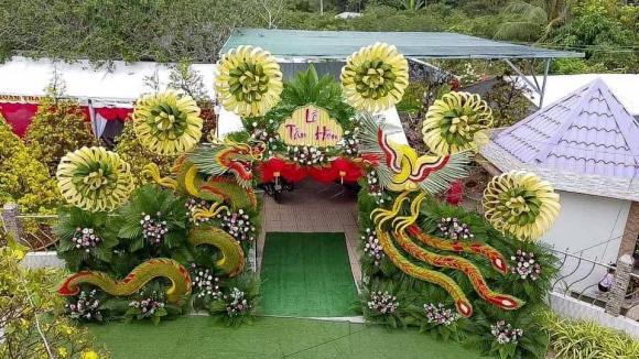cổng cưới, cổng cưới bằng lá dừa, cổng cưới độc lạ