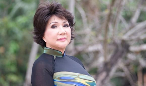 vắc xin Covid-19, danh ca Khánh Ly, sao Việt