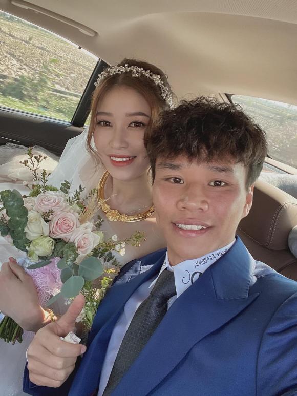 cầu thủ Văn Dũng, hot girl Vóc Đỗ, đám cưới Văn Dũng