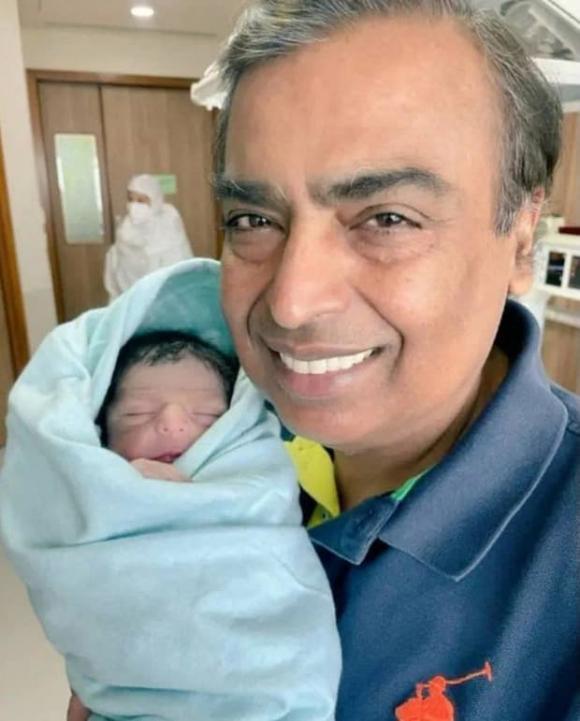 thủ khoa ngành đầu thai, con trai tỷ phú, Prithvi Akash Ambani