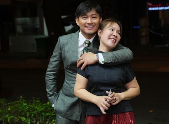Nam diễn viên, Quý Bình, vợ đại gia, Ngọc Tiền, vợ doanh nhân