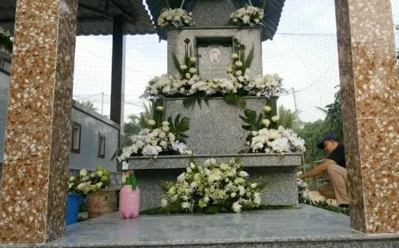 Vân Quang Long, nam ca sĩ, Linh Lan, lễ an táng, tro cốt,