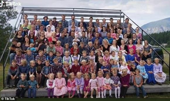 chuyện lạ, đa thê, 27 vợ 150 con