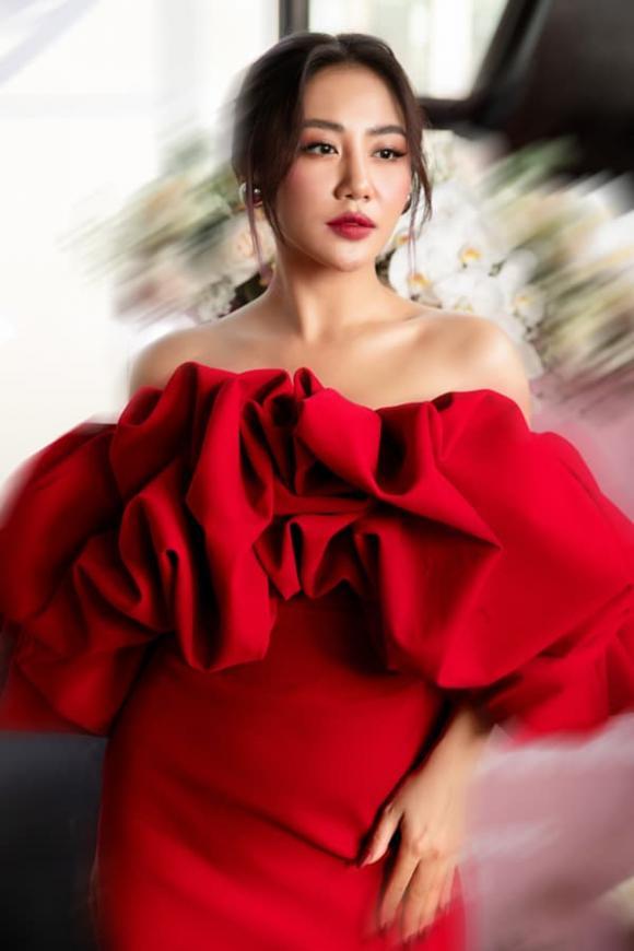 ca sĩ Văn Mai Hương, sao Việt