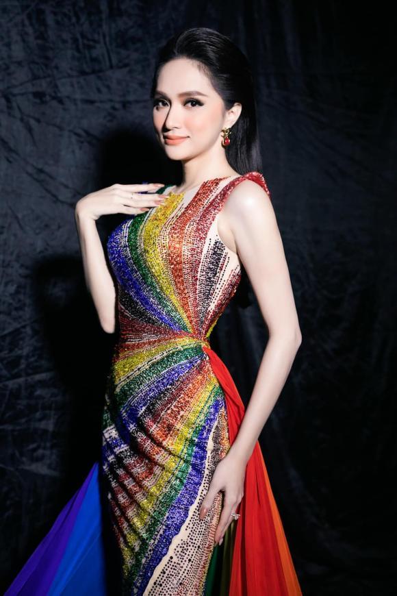 Hương Giang, Đại sứ hoàn mỹ, sao Việt
