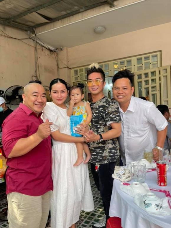 Hiếu Hiền, Khánh Đơn, nghệ sĩ Kim Ngọc, Phạm Văn Mách,