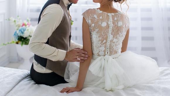 phù rể bị tố xâm hại tình dục cô dâu, phạm tội, tấn công tình dục
