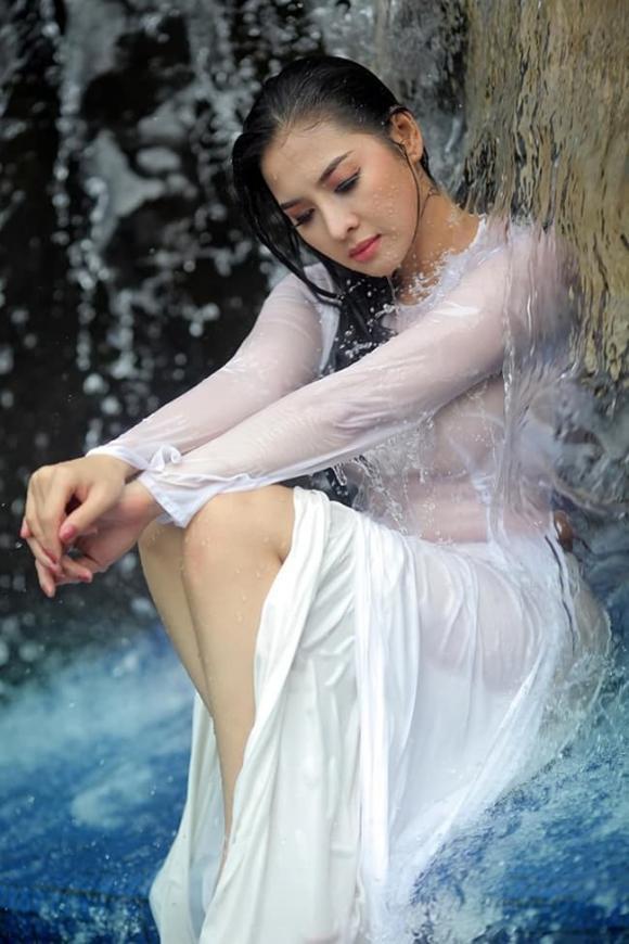 áo dài, nữ sinh, trang phục phản cảm, thời trang