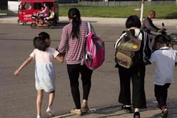 trẻ bị lạc, nuôi dạy con