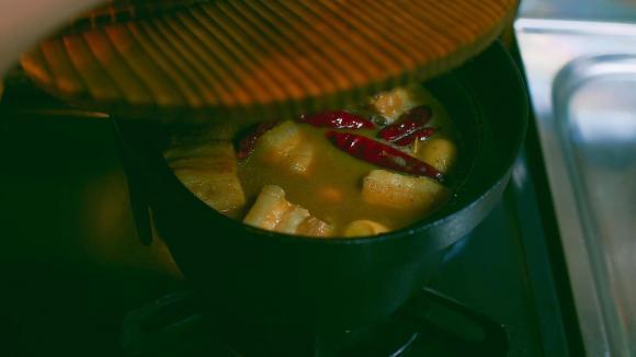 cách nấu cơm ngon, cơm ngon, kho thịt, kho cá