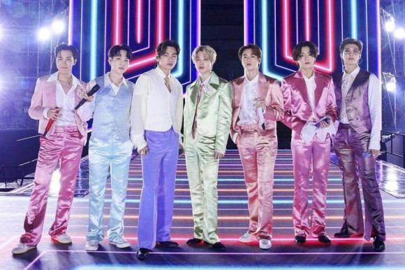 BTS lọt vào danh sách 10 ban nhạc Pop xuất sắc nhất, nhóm nhạc BTS, kpop