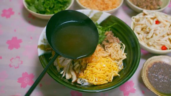 Nấu bún thang tại nhà, đừng quên 2 nguyên liệu là 'linh hồn' của món ăn