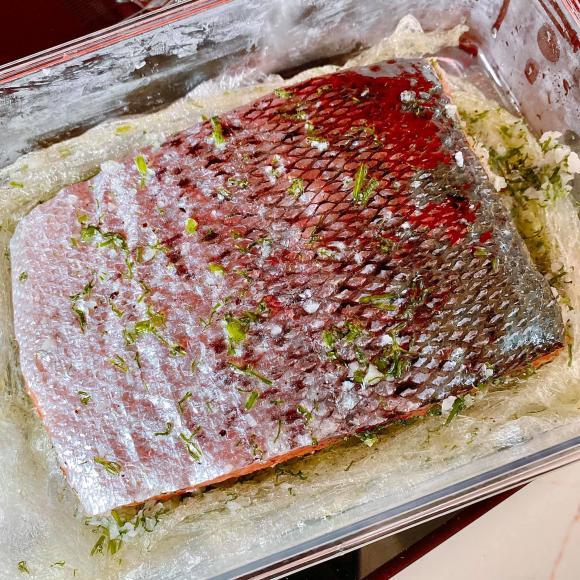 cá hồi muối, công thức làm cá hồi muối, cá hồi