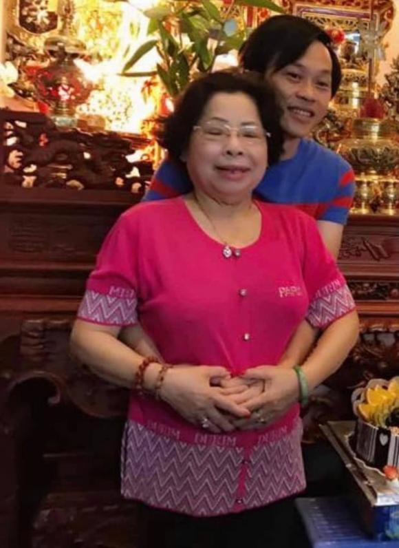 NSƯT Hoài Linh, Dương Triệu Vũ, gia đình, sao việt, sum vầy ngày tết, Hoài Linh rạng rỡ