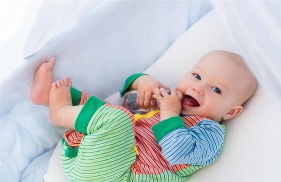 chăm sóc trẻ đúng cách, lưu ý khi chăm sóc trẻ, cai sữa cho trẻ