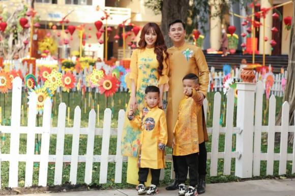 Lê Hoàng (The Men), Việt Huê, sao Việt