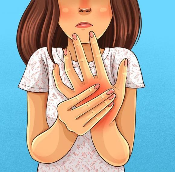 tê chân tay, bị tê chân tay có nên đi khám, sức khỏe
