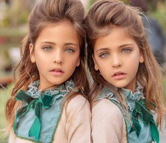 Clements Twins, cặp song sinh, mẫu nhí