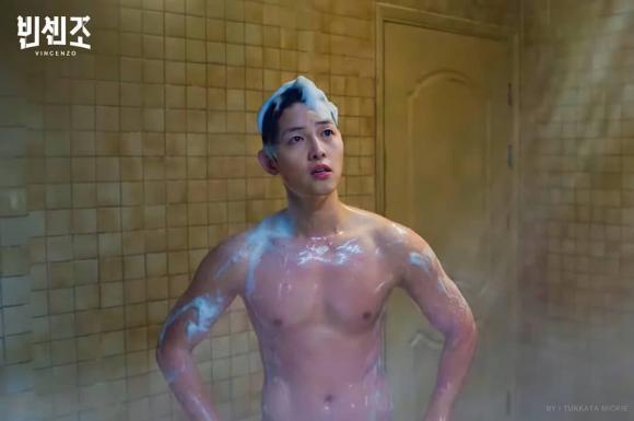 song joong ki, cảnh tắm, cơ bắp, phim hàn