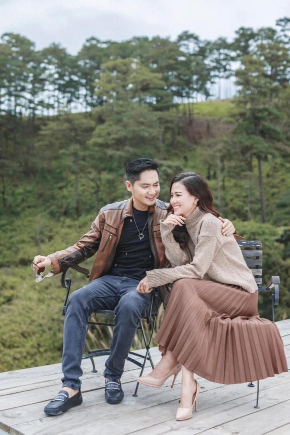 Hé lộ thông tin về bạn gái mới của ca sĩ Minh Luân