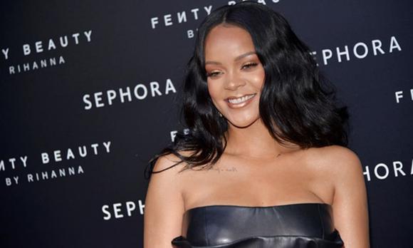 Rihanna, tỷ phú usd, sao âu mỹ