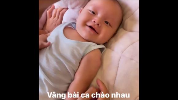 Hà Hồ, Kim Lý, Leon, Lisa, Sao Việt, sinh đôi