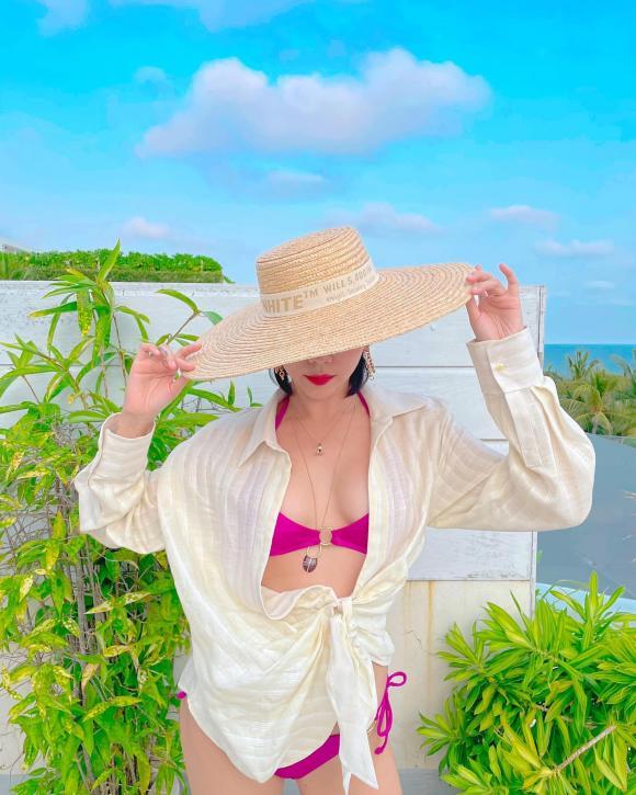 Tóc Tiên, Nữ ca sĩ, Bikini, gợi cảm,