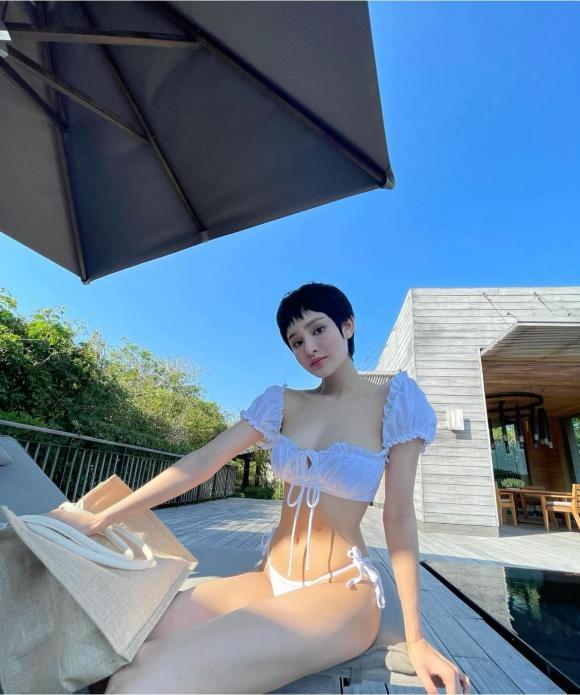 Hiền Hồ, Nữ ca sĩ, Diện Bikini,