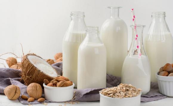 uống sữa như thế nào cho đúng, chăm sóc sức khỏe đúng cách, uống sữa đúng cách