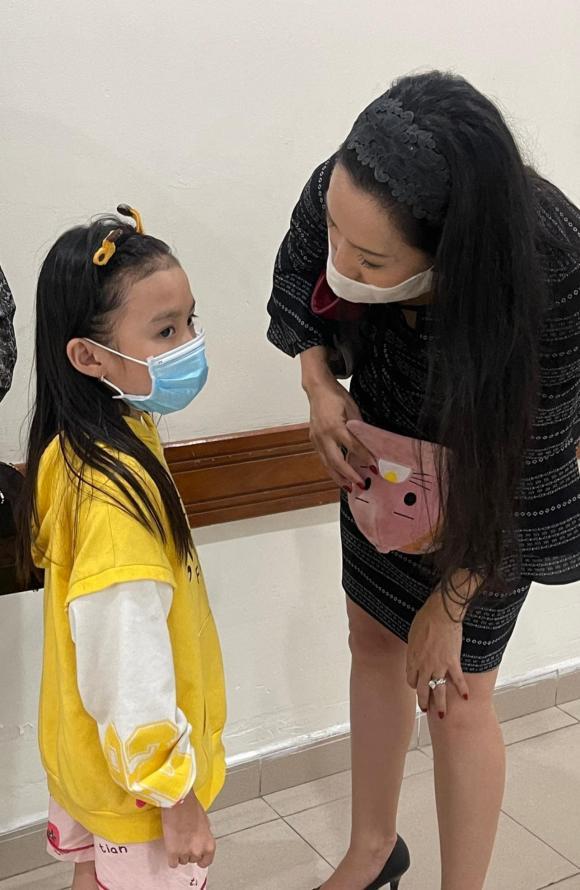 Nghệ sĩ Thương Tín, Trịnh Kim Chi, ủng hộ,
