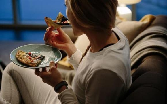 ăn tối, thói quen gây bệnh, chăm sóc sức khỏe
