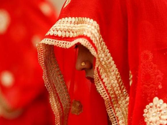 cô dâu hủy cưới vào phút chót, yêu qua mạng, đám cưới