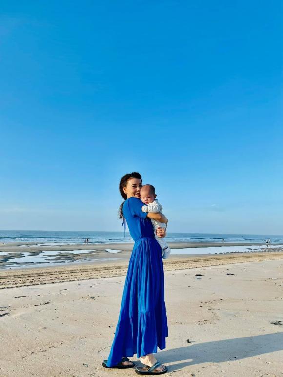 Hồ Ngọc Hà, Kim Lý, Hai con sinh đôi, Leon, Lisa,
