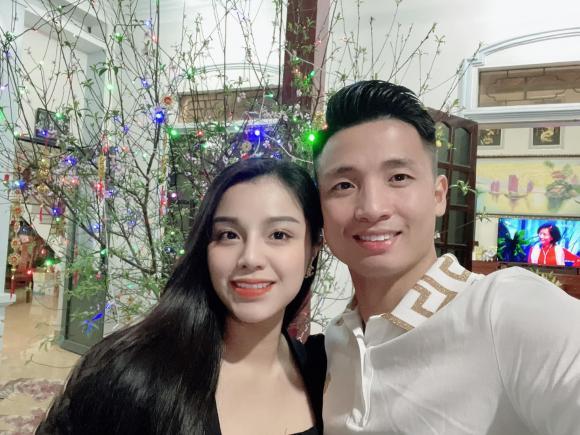 vợ Bùi Tiến Dũng, Khánh Linh, Bùi Tiến Dũng