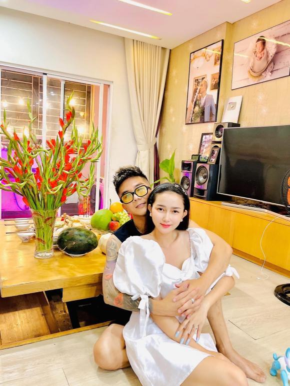 vợ Khánh Đơn, Huỳnh Như, Khánh Đơn, Lương Bích Hữu