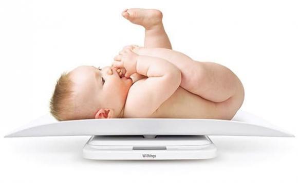 trẻ sơ sinh, cân nặng, thông minh
