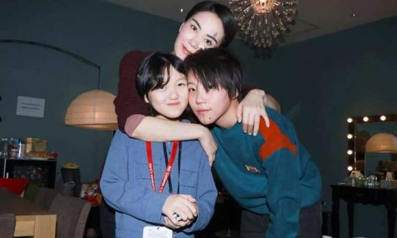 con gái Vương Phi, Đậu Tĩnh Đồng