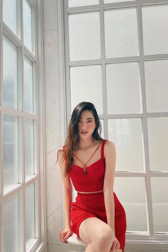 Lương Thùy Linh, Quỳnh Nga, Văn Mai Hương