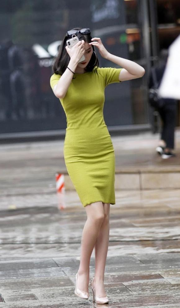 thời trang đẹp, váy ngắn, cách mix đồ với váy ngắn