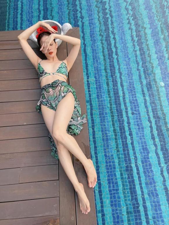 Lệ Quyên, Nữ ca sĩ, Diện Bikini,