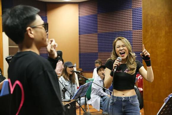 ca sĩ Mỹ Tâm, rapper Wowy, sao Việt