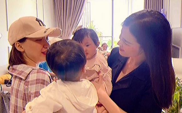 mẹ bỉm sữa, sao việt, bé winnie, bé tuệ an, Phạm Quỳnh Anh, Đông Nhi, Nhã Phương, Hoà Minzy, Đan Lê