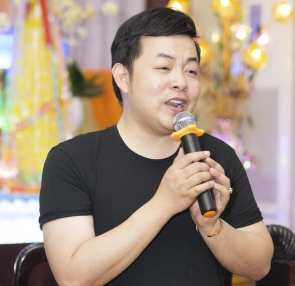 Quang lê, Nam ca sĩ, Nợ nần, Sao Việt