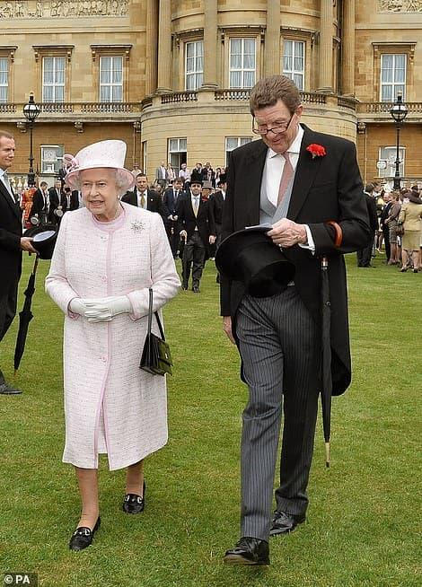 nữ hoàng anh, meghan harry, hoàng thân philip
